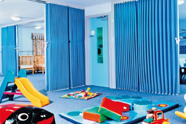 folding-fabric-partitions-main-image-3